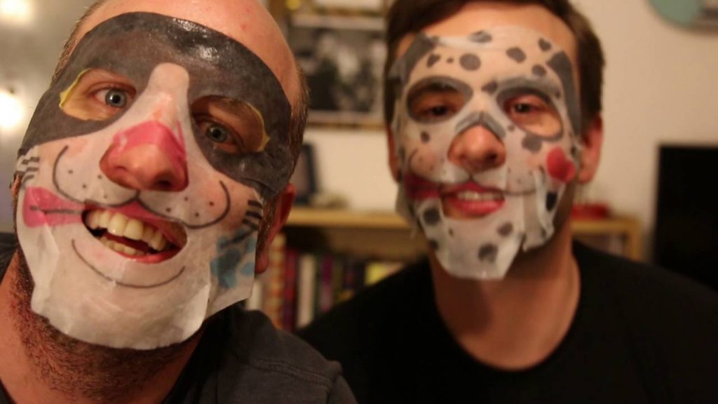 video: Modest Proposal Tries Japanese Moisturizing Masks